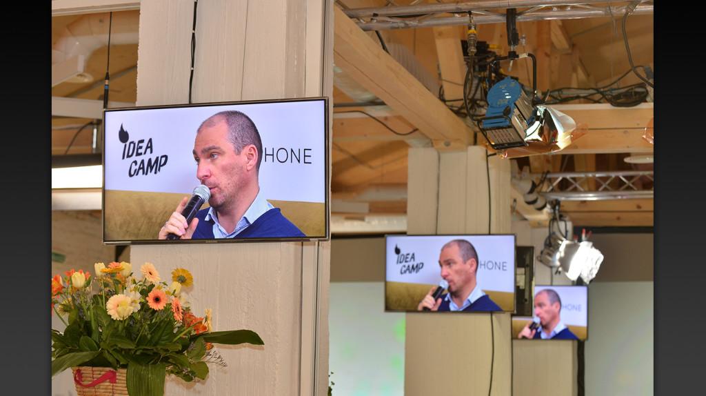 YotaPhone IdeaCamp учебный центр ГАРАЖ 27.03.14